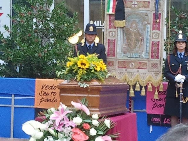 funerali milano, 19 ottobre 2013