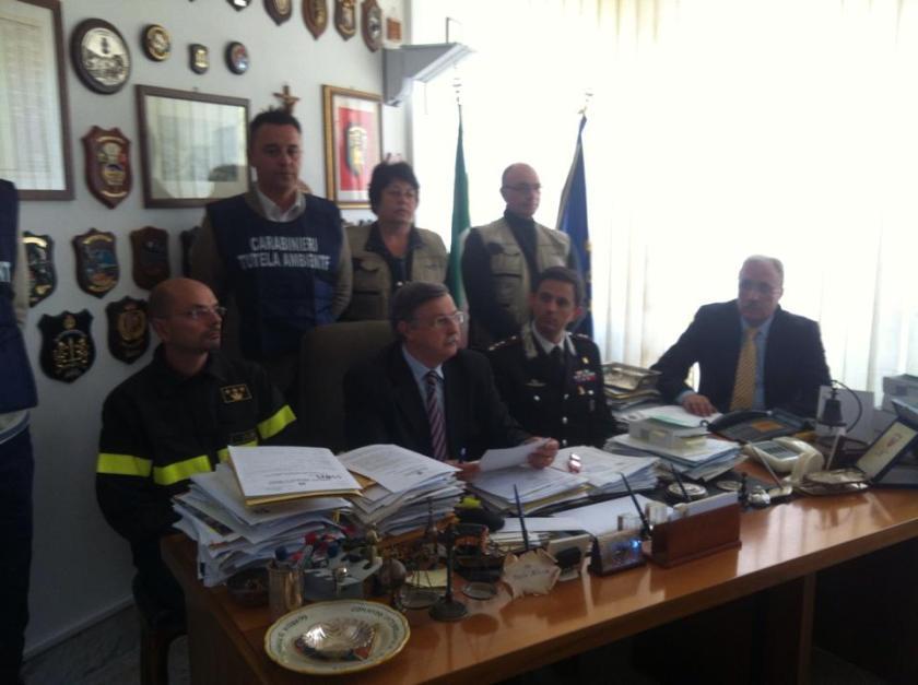 conferenza stampa ALBANO, rifiuti, 4 giugno 2014